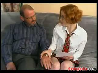 Rotschopf seduced von an alt guy