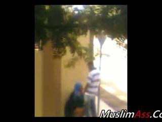 Hijab utomhus 1