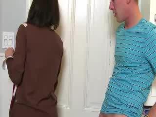 熟女 convinces ベイブ へ 吸う コック とともに 彼女の