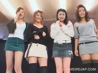 Japanese Tempting Girls Flashing Panties Upskirt