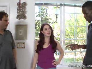 Jessica shows suo marito un reale mans cazzo