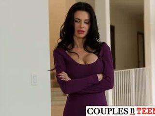 איכות מין אוראלי נחמד, גדול יחסי מין בנרתיק יותר, יותר קווקזי
