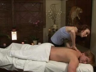 Zoe voss - yang masseuse