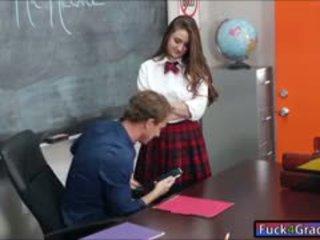 Schoolmeisje elektra rose neuken door leraar