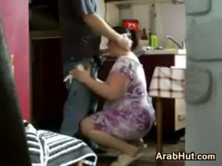 Thick аматьори arab мацка gets прецака