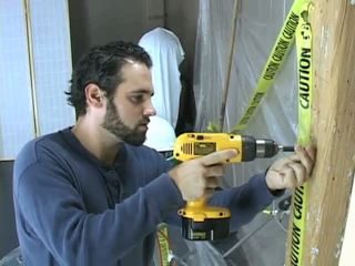 Construction работник takes а почивка към beat край