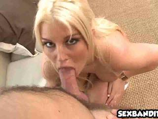 Big booty latina Julie Cash gets nice doggystyle 07