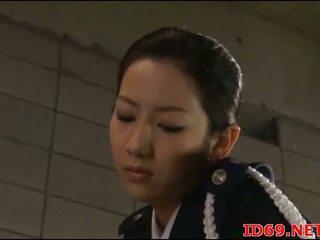 Japońskie av modelka w jej pończochy