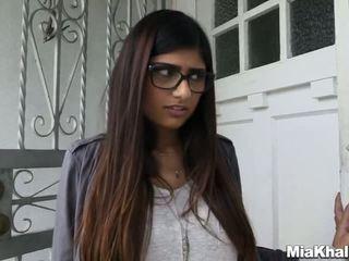 Mia khalifa wants a неймовірно величезний трійця