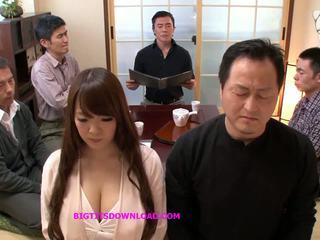 Asijské velký kozičky sexy pózování, volný japonská porno být