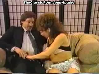 Dana lynn, nina hartley, ray victory į vintažas porno vieta