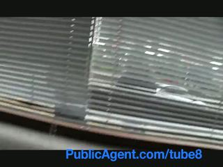 Publicagent britanic bruneta inpulit greu de ceh mare pula