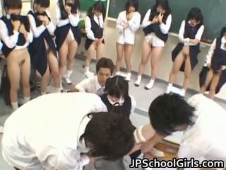 Nóng giới tính cô gái trong trường học lớp học