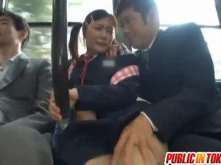 Λογοκριμένο ιαπωνικό λεωφορείο trio