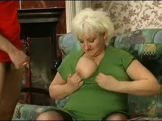 บลอนด์ grannie - punishment turns เข้าไป เพศ