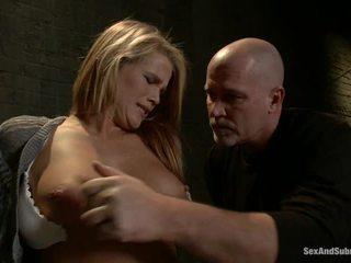 Immature blondýna aiden aspen has humiliated