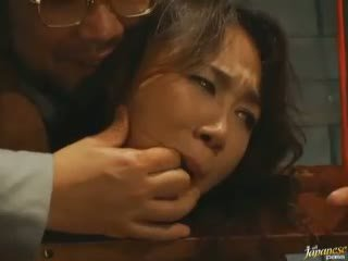 Longo haired asiática jovem grávida blows pila