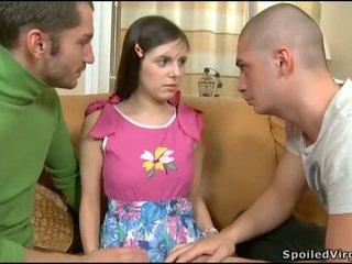 Jana seduced into 3 adam sikiş