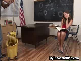 현실 포르노, 완전한 전문 대학, 대학 여자 뜨거운