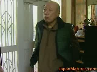 ญี่ปุ่น แม่ผมอยากเอาคนแก่ enjoys ร้อน เพศ