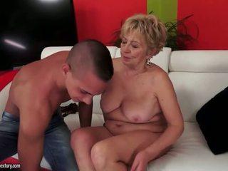 Vollbusig mollig grandmas sex zusammenstellung