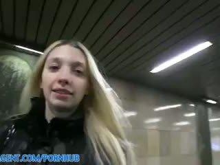 Miriama kunkelova - publicagent hd bledi suhe mina stretches ji muca da sprejmejo my velika tič