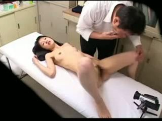 Spycam perverted dhokter uses young patient 02