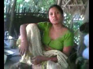 Desi landsby aunty viser pupper på forespørsel wid audio - desibate*