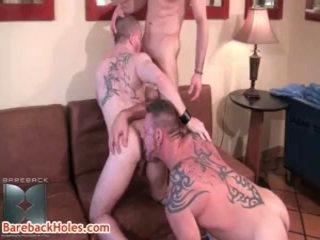 Colin steele, kasey anthony 和 butch bloom 同性戀者 三人行 5 由 barebackholes
