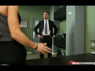 To ngực madison ivy banged trong văn phòng