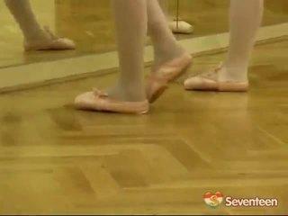 法律 年龄 teenagerage ballet 女孩