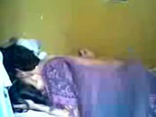 Indonezian romantic adolescenta cuplu face dragoste în dormitor