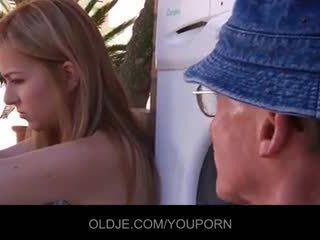 סקס נוער, זין גדול, כוס מגולחת