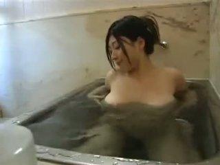 Kamar mandi self jepang