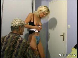 Francia picsa sodomized -ban hármasban -val papy kukkolás
