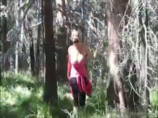 Kelly madison loves 他媽的 在 該 woods