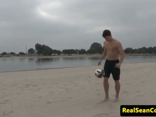 Solo hunk tugs and thrusts until he cums