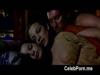 Leonor watling shows off cô ấy tempting thân thể