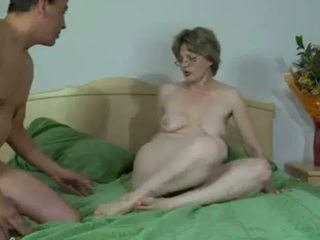 Hot Russian Mature gets Her Anus Stretched and Creampied
