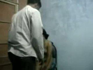 Bangla raand blackmailing 彼女の クライアント のために セックス