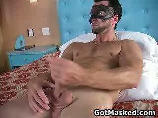 Hunky gejs dude stripping un masturbācija 11 līdz gotmasked