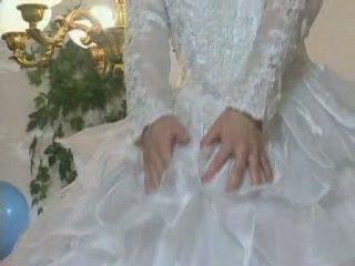 Si rambut perang warga europah pengantin perempuan gets licked dan pantat/ punggung fucked