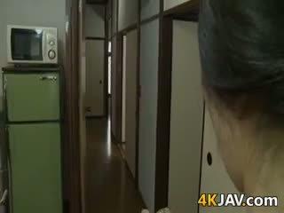 बहुत हॉर्नी जपानीस वाइफ