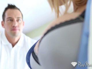 Puremature - karštas guy interviewed ir pakliuvom iki krūtinga milf alyssa lynn