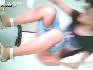 Hiina tüdrukud minema kuni toilet.10