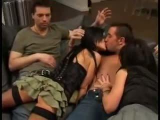 Elizabeth lawrence in pornoster trio