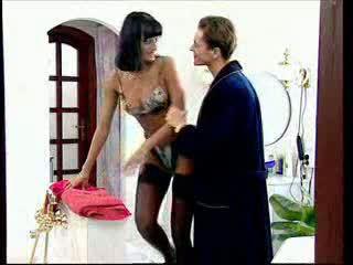 Anita সাদা takes একটি বিশাল বাড়া মধ্যে তার পাছা ভিডিও