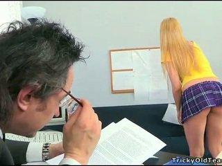 Sexo lesson com hooters professora