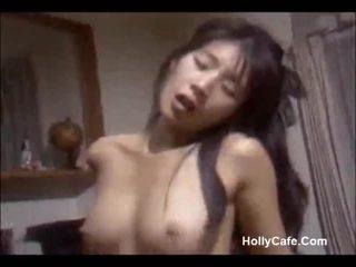 יפני אנמא מזיין שלה בעל