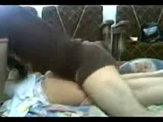 Mea frate inpulit mă în timp ce eu was pe pat